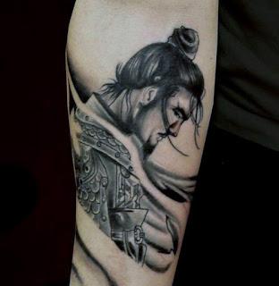 tato samurai di lengan
