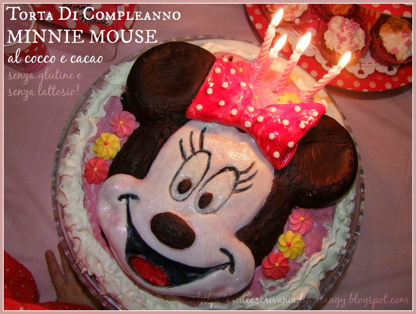 Compleanno Bambini Festa A Tema Minnie Mouse Sulla Scrivania Di