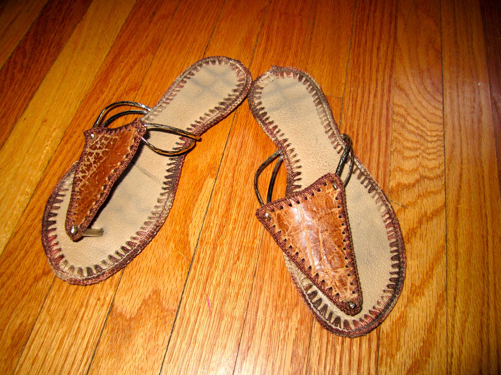 41ce186eb492 Sunday Shoes  Colombian Sandals