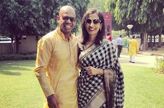 Aditya ghosh with wife manavi ghosh| 'Aditya Ghosh' (Indigo EX President) Biography, Wiki, Age, DOB, Indigo EX President