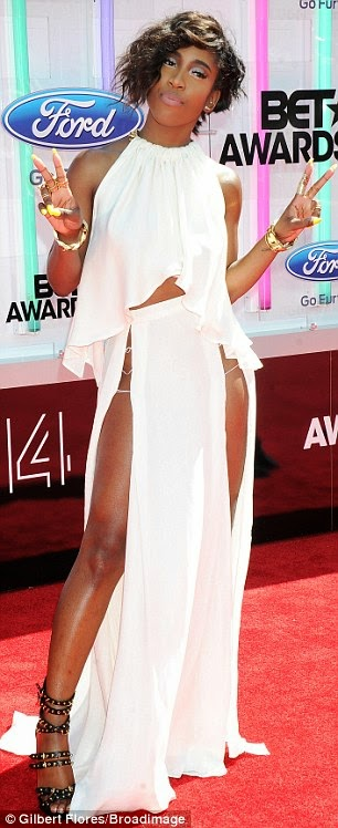 article 2674348 1F40986700000578 459 306x748 Red Carpet photos from 2014 BET Awards + Full List of Winners