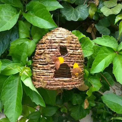 bee skep, garden bees