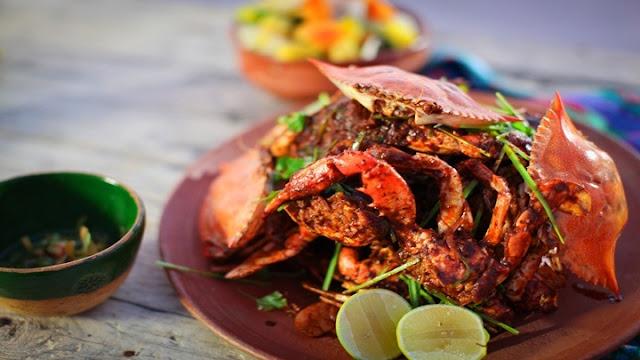 Ghẹ xào cay – món ăn nổi tiếng của đất nước sư tử biển