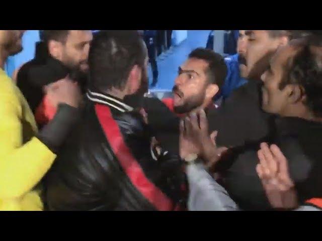 شاهد ضرب احمد فتحى لـ مدير بيراميدز وتكسير الزجاج من البداية للنهاية