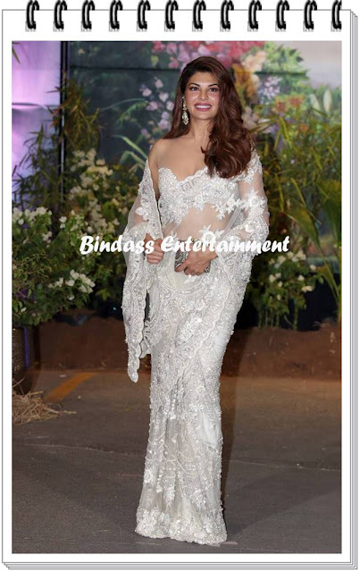 Jacqueline-Fernandez-at-Sonam-Kapoor-marriage-and-reception-party