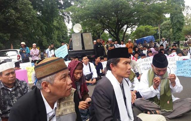 Protes Puisi fadli Zon, Ribuan Umat Islam Bogor Gelar Aksi Bela Mbah Moen