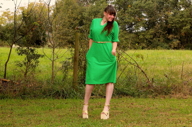 https://www.etsy.com/listing/253430514/vintage-70s-green-dress-with-pockets-sz?ref=shop_home_active_9