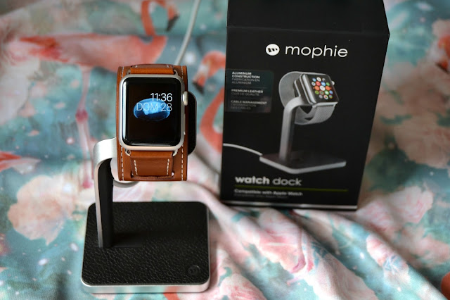 http://www.syriouslyinfashion.com/2016/03/mophie-watch-dock-review.html