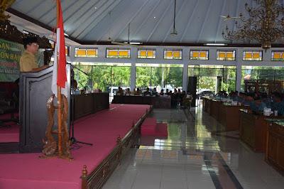Wakil Bupati Batang, Soetadi Lepas Jamaah Calon Haji Batang