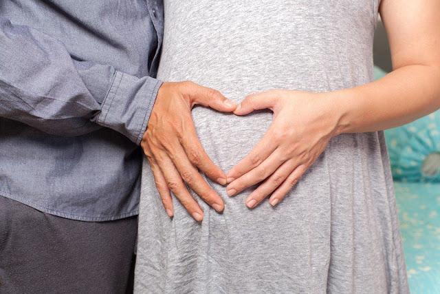 Tak Cuma Berjima, 6 ini Harus Diperhatikan Suami Agar Istri Cepat Hamil