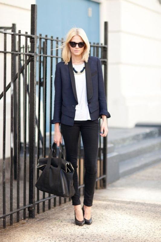 HOW-TO-WEAR-NAVY-AND-BLACK