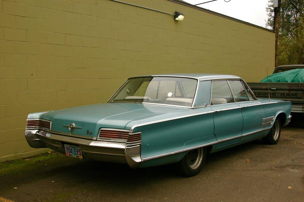 Parked Cars Revisited 1966 Chrysler Newport 4 Door: OLD PARKED CARS.: 1966 Chrysler 300 Sedan