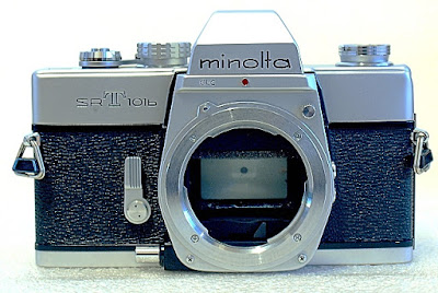 Minolta SRT-101b, Front