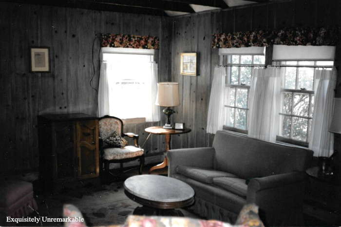 1920s Summer Cottage Living Room