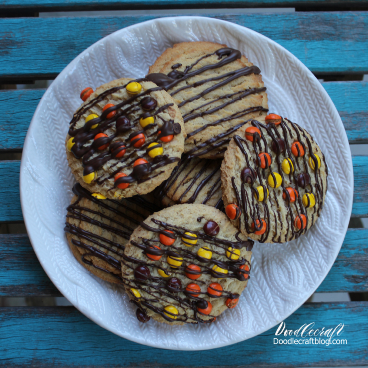 http://www.doodlecraftblog.com/2016/10/happy-halloween-and-store-bought-cookie.html