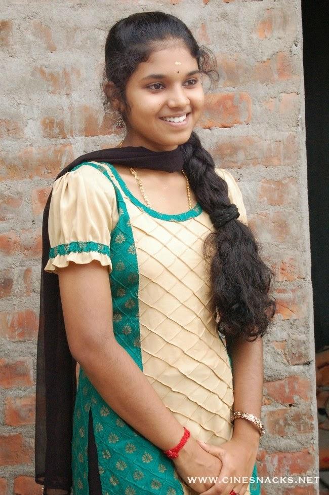 Indian School Girls Hot Photos-8484
