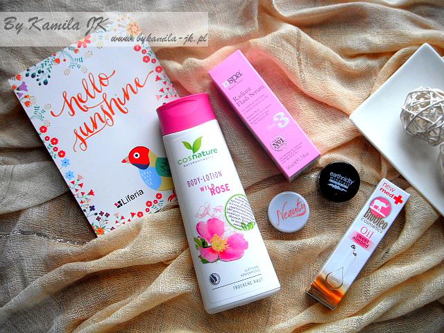 Liferia pudełko kosmetyczne box Edycja kwiecień 2017 Hello Sunshine  Kod na dodatkowy kosmetyk zawartość