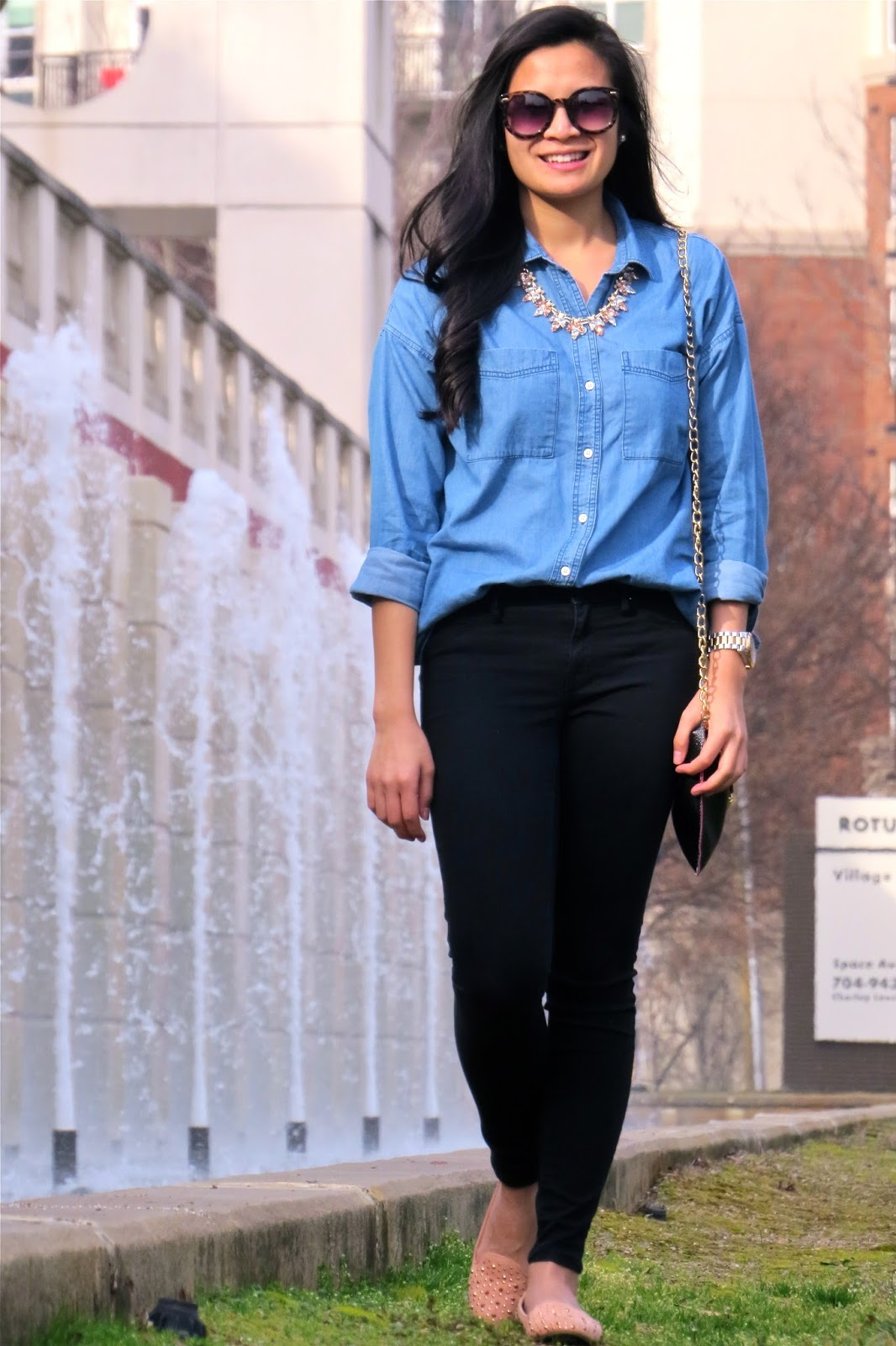 Styling_a_chambray_shirt