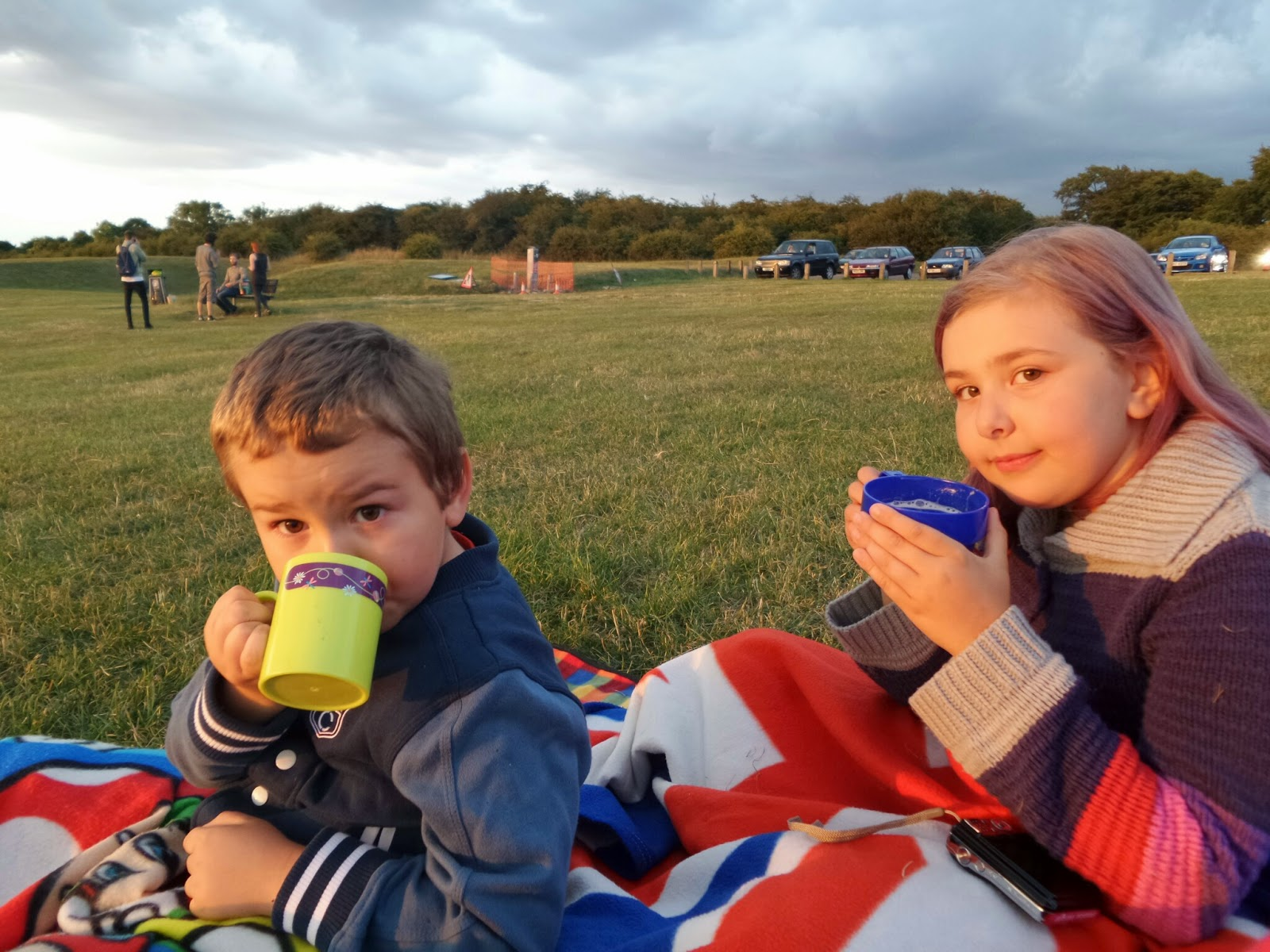 Top Ender and Big Boy drinking Hot Chocolate on Dunstable Downs