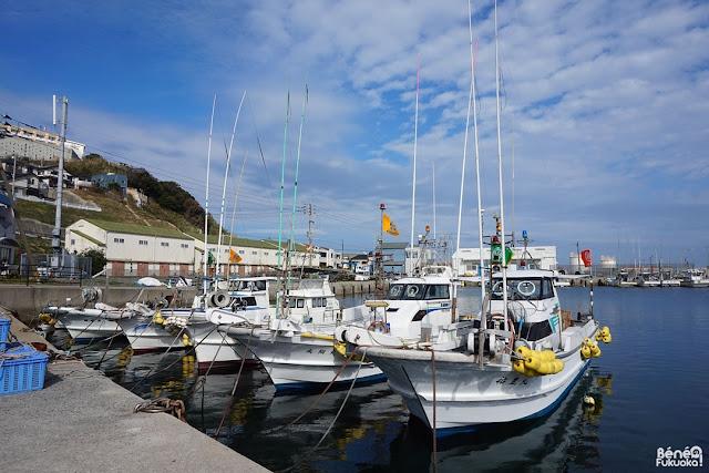 玄海島の港、福岡