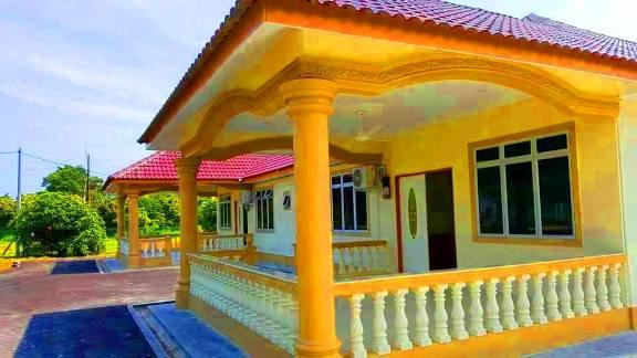Homestay di melaka tepi pantai Bonda Homestay Pengkalan Balak