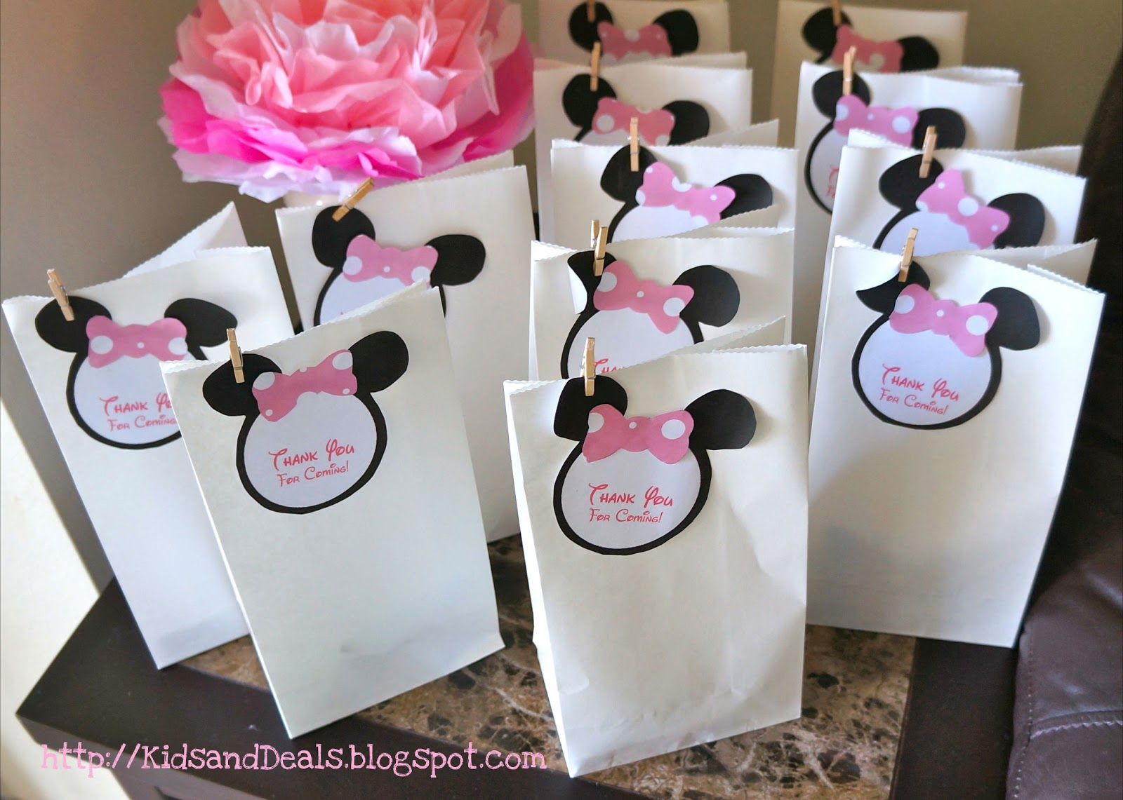 Kids and Deals A Minnie Mouse Birthday Party