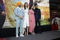 Anushka Sharma with Diljit Dosanjh at Press Meet For Their Movie Phillauri 052.JPG