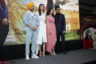 Anushka Sharma with Diljit Dosanjh at Press Meet For Their Movie Phillauri 052.JPG