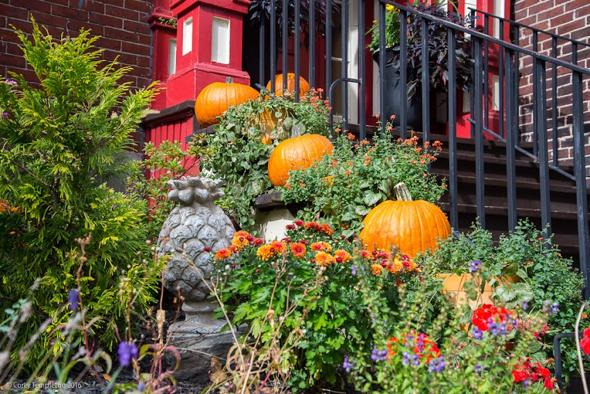 Portland, Maine USA October 2016 photo by Corey Templeton. The entrance to the Inn at Park Spring (on the corner of Park and Spring Streets) all decked out for autumn.