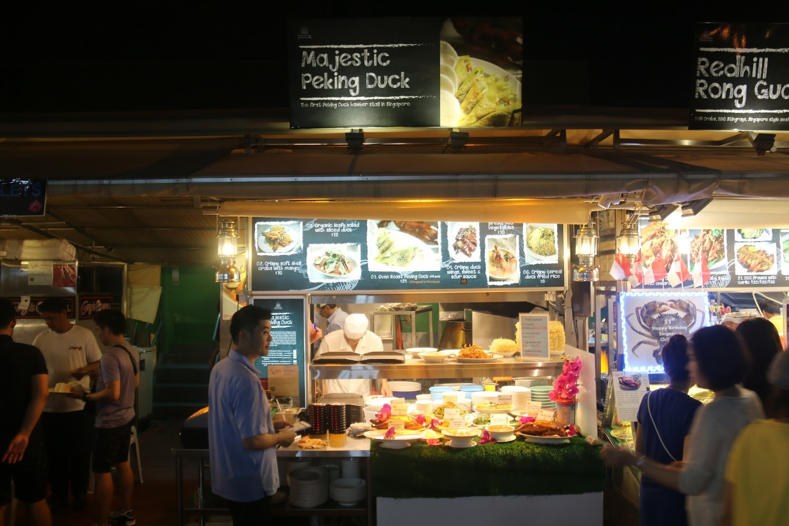 hawker stall Forget handing over half a wage-packet for fine dining - in singapore food fans can now experience michelin-starred cuisine in the street two singaporean street food, or hawker, stalls were awarded a michelin star on thursday, a first for michelin, whose coveted awards generally conjure up an image.