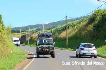 Come organizzare gli spostamenti in auto in un viaggio alle Azzorre