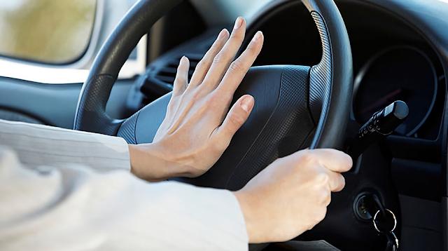 Ketahui Penyebab Klakson Mobil Tidak Bunyi