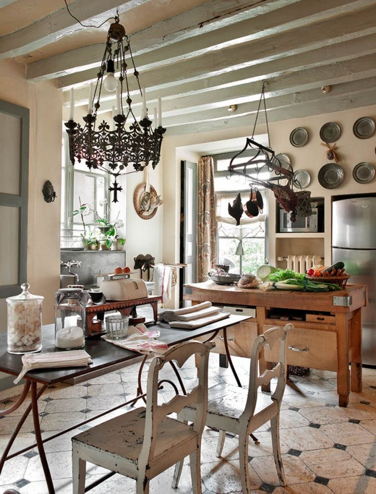 Eye For Design: French Kitchens....... Keep Them Authenic