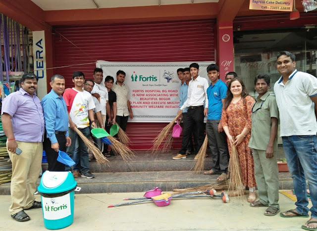 Fortis Team after cleaning the shopping Complex