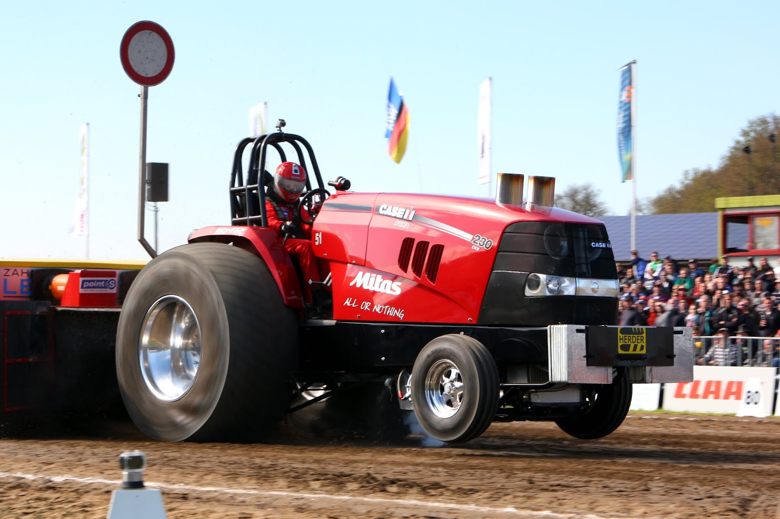 Ih Super Stock Pulling : Tractor pulling news pullingworld mitas all or