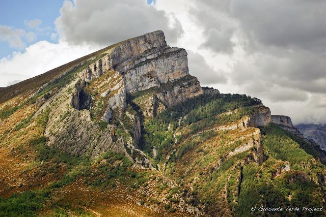Mondoto - Añisclo, Huesca, por El Guisante Verde Project