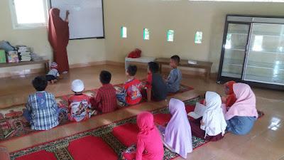 Pendidikan Anak Usia Dini, Cara mengajarkan anak Ibadah
