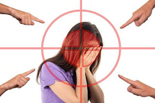 bullying, woman, face, stress, shame, arrows, attack, be ashamed, hide, hopelessness, head, identity, search, to find, headache, migraine, burst, personality, psychology, awareness, perception, unconscious, subconscio