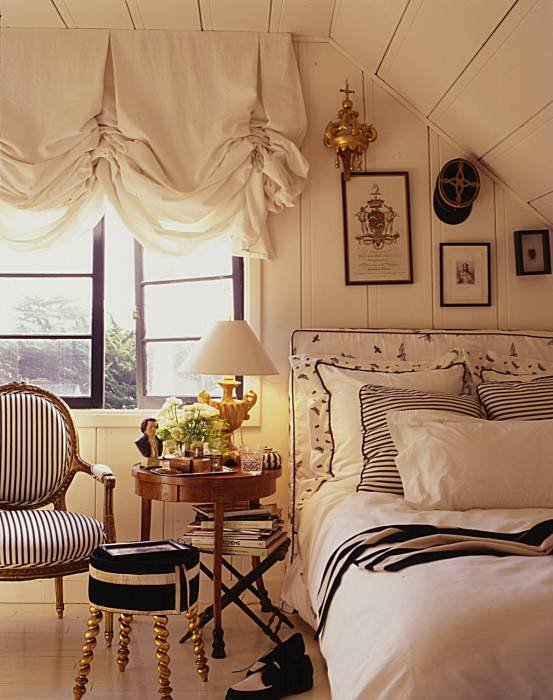 Chic and cozy cottage ellegant home design - Cozy bedroom ideas for small rooms ...