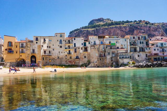 Praias em Palermo