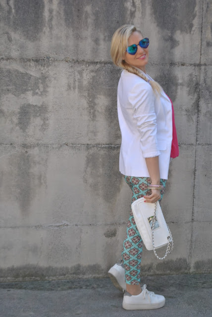 outfit blazer bianco come abbinare il blazer abbinamenti blazer how to wear white blazer how to combine white blazer outfit sporty chic outfit outfit maggio 2016 may outfit spring casual outfit mariafelicia magno fashion blogger color block by felym fashion blogger italiane fashion blog italiani fashion blogger milano blogger italiane blogger italiane di moda blog di moda italiani ragazze bionde blonde hair blondie blonde girl fashion bloggers italy italian fashion bloggers influencer italiane italian influencer