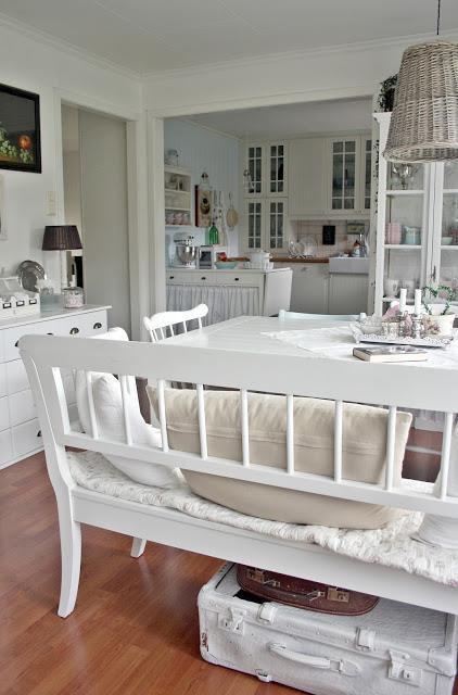 Mensole Per Cucina Shabby Idee Per Interni E Mobili | sokolvineyard.com