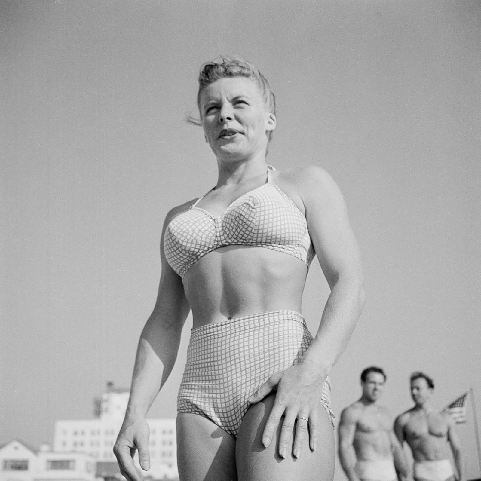 A gymnast at the Muscle Beach.