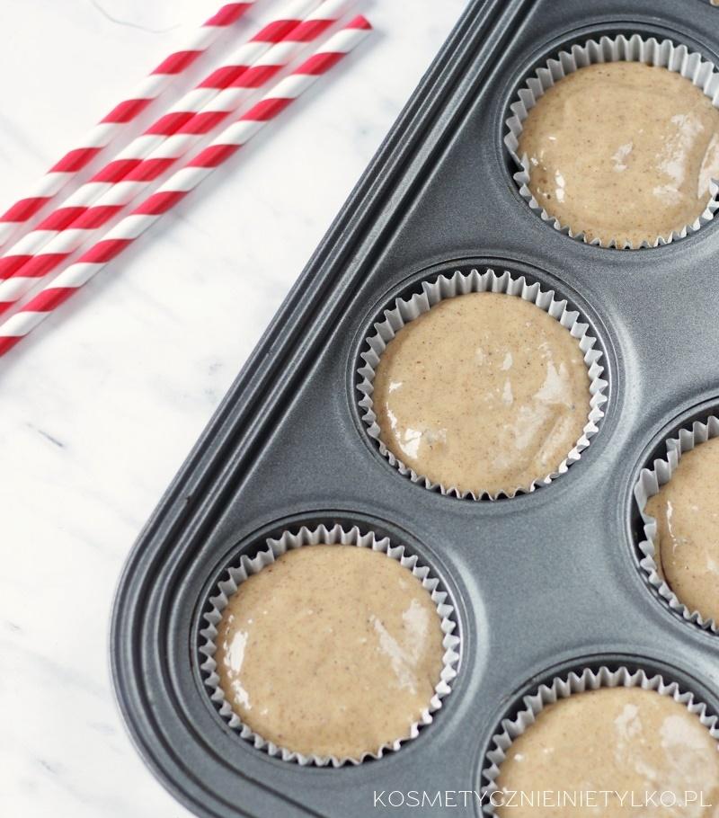 przepis na muffiny piernikowe nadziewane powidłami