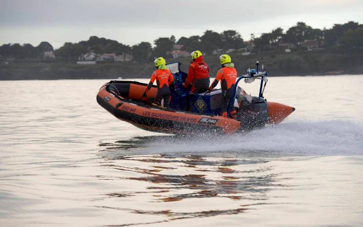 Crise migratoire : à Calais des embarcations des sauveteurs en mer volées et utilisées pour faire passer des migrants