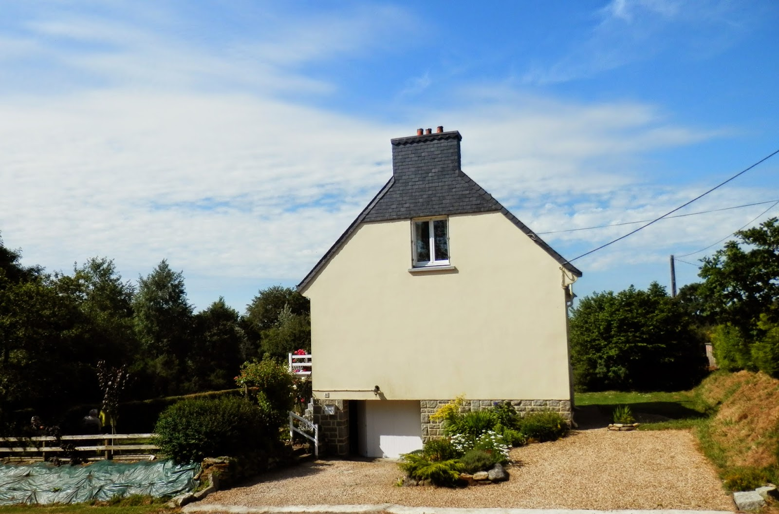 House for sale Berrien, Brittany, France