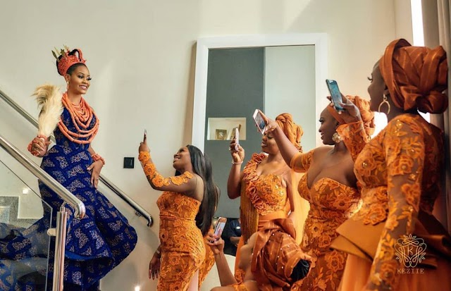 Check out How To Have A Nigerian Wedding Without Asoebi.