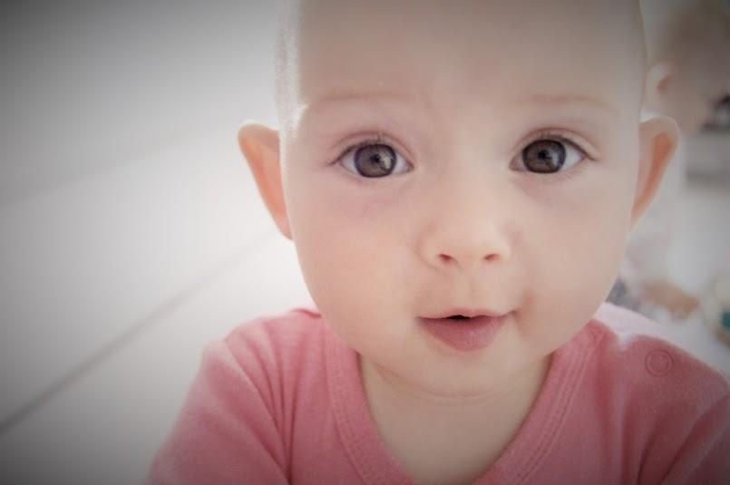Lęk separacyjny i skok rozwojowy. Może dlatego Twoje dziecko płacze!?