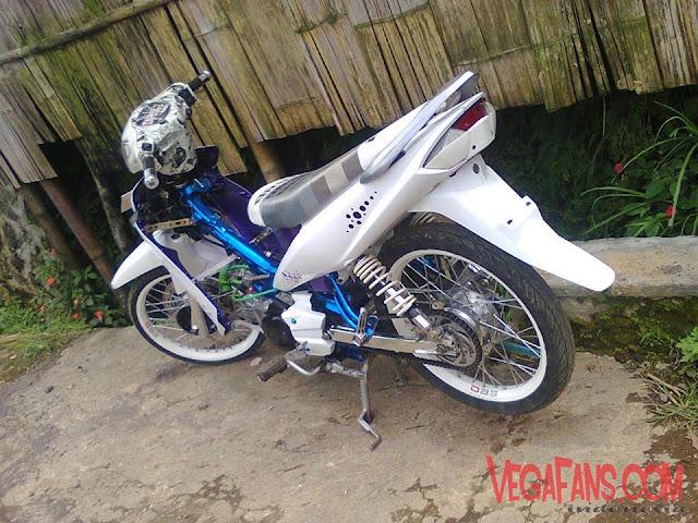 Foto Modifikasi Vega ZR Putih Thai Look Keren