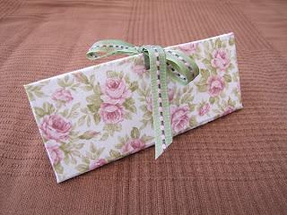 triangle de brodeuse, cartonnage, accesorios costura
